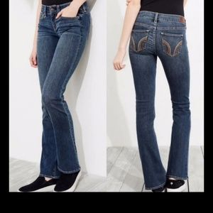 New! Hollister Boot jeans